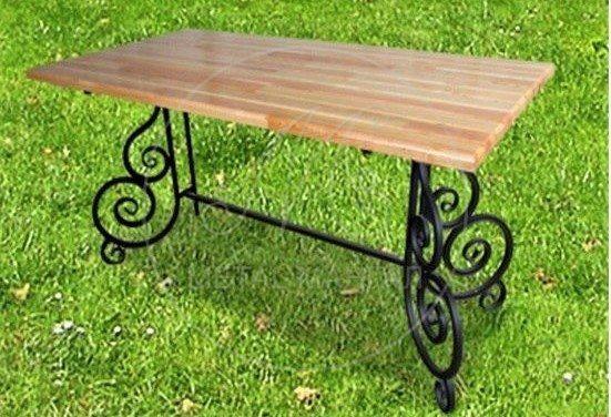Кованый стол для сада